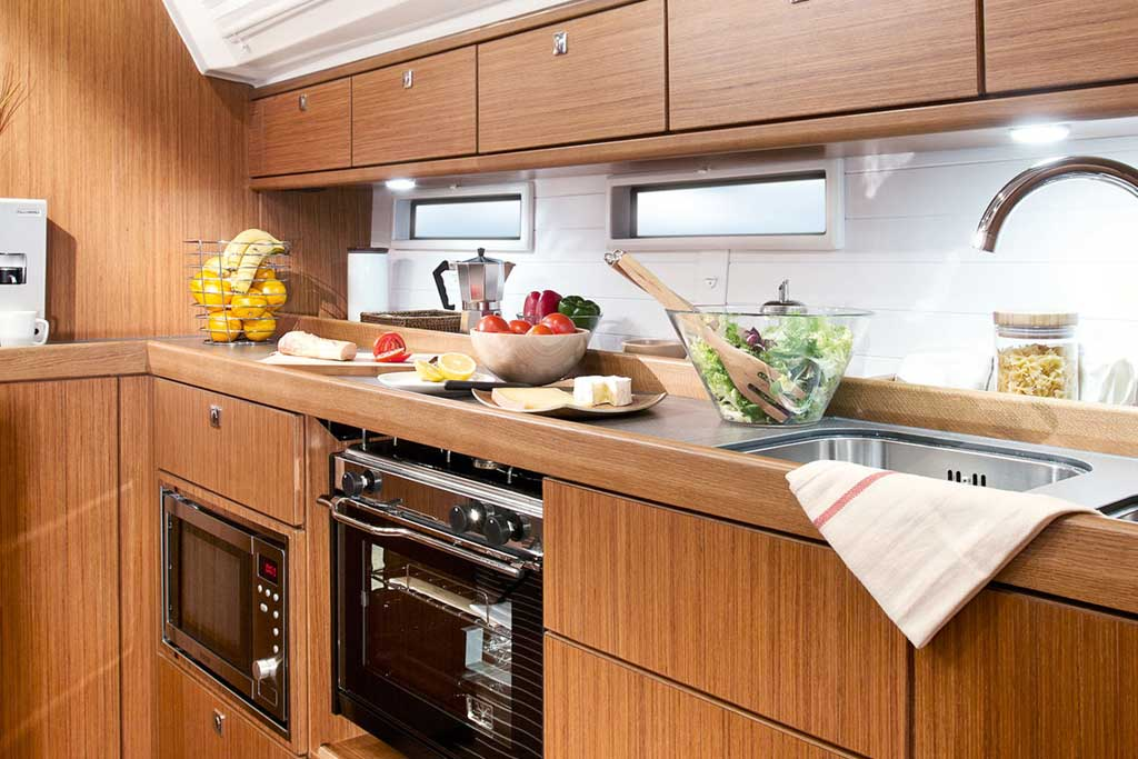 Vorschaubild Producer Image - Bavaria 46 Cruiser - Kitchen - Fedias